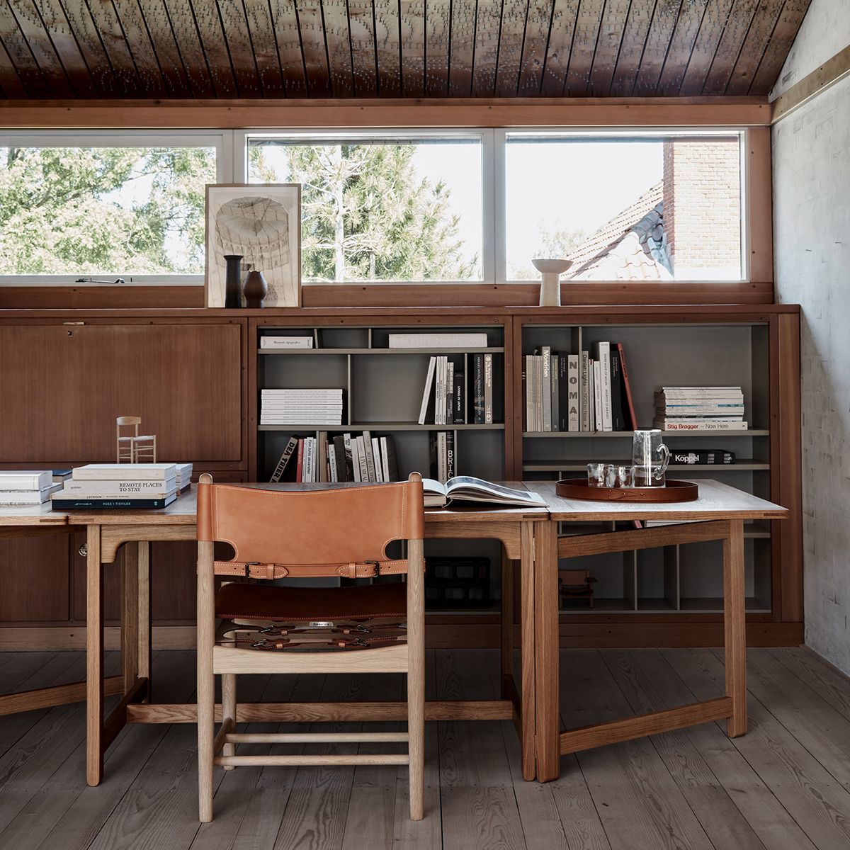 Untitled-8-Recovered_0008_BMhus_Biblioteksbord_Spanskdiningchair