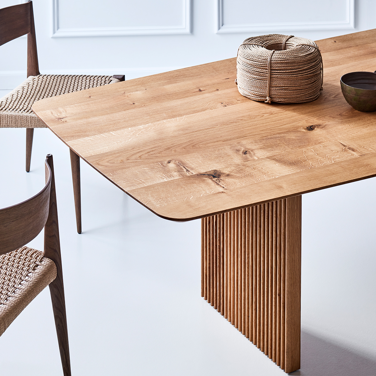 Ten-Table-Oak-Insitu-1200